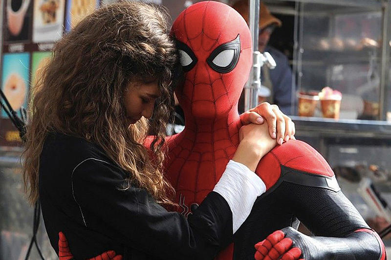 Spidey & MJ in Far From Home